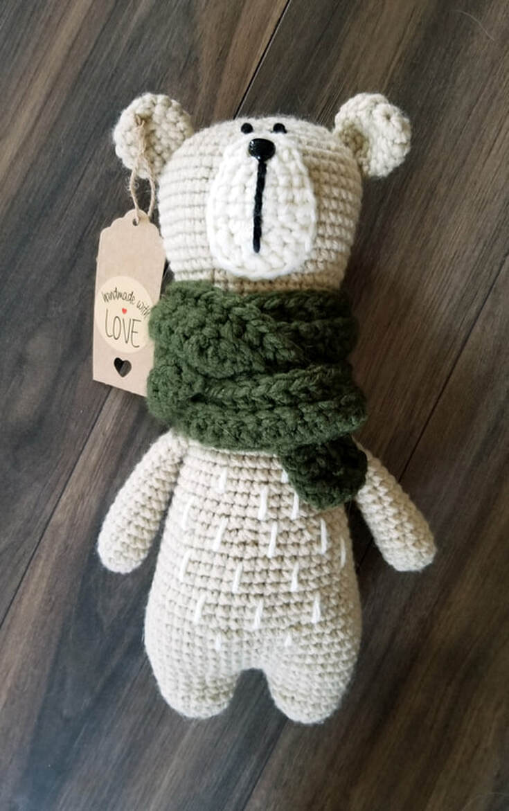 Oliver the Bear Free Amigurumi Crochet Pattern
