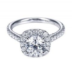 Classic White Gold Halo Diamond Engagement Ring in 18kt White Gold