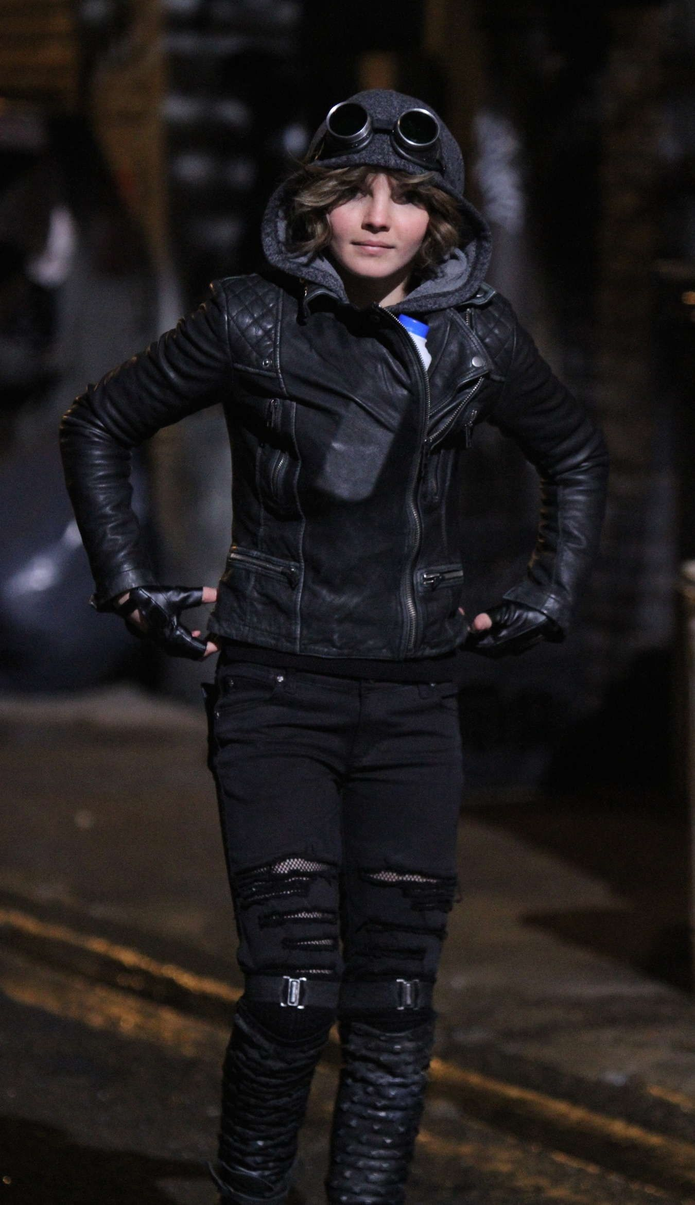 Camren Bicondova as a young Selina Kyle in the new Gotham
