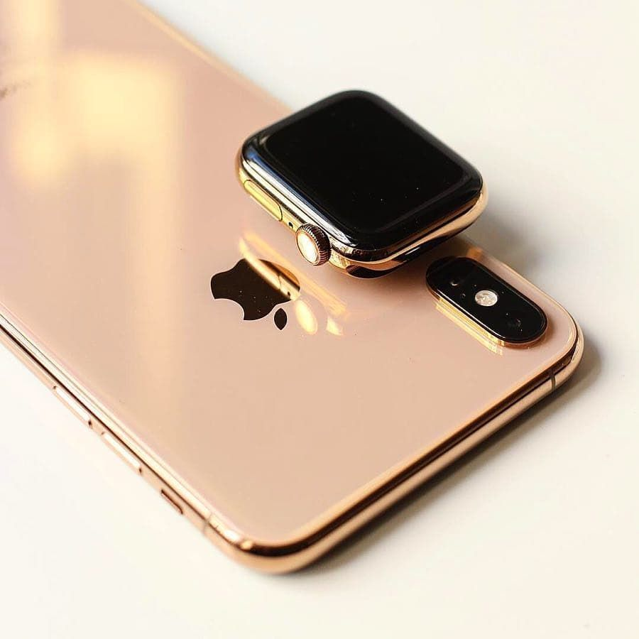 wholesale dealer af2bc cce2e iPhone XS And Apple Watch Series 4 In Gold Wow 🔥🤩 #applewatch ...