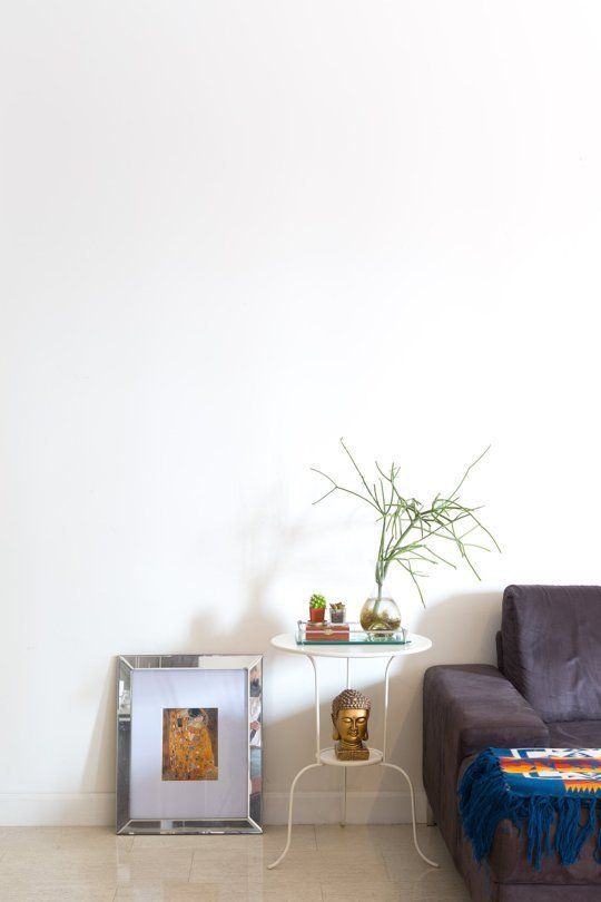 Leave Empty Or Adorn 3 Questions To Answer When Facing A Blank Wall Apartment Therapy Main Home Decor Decor Blank Walls