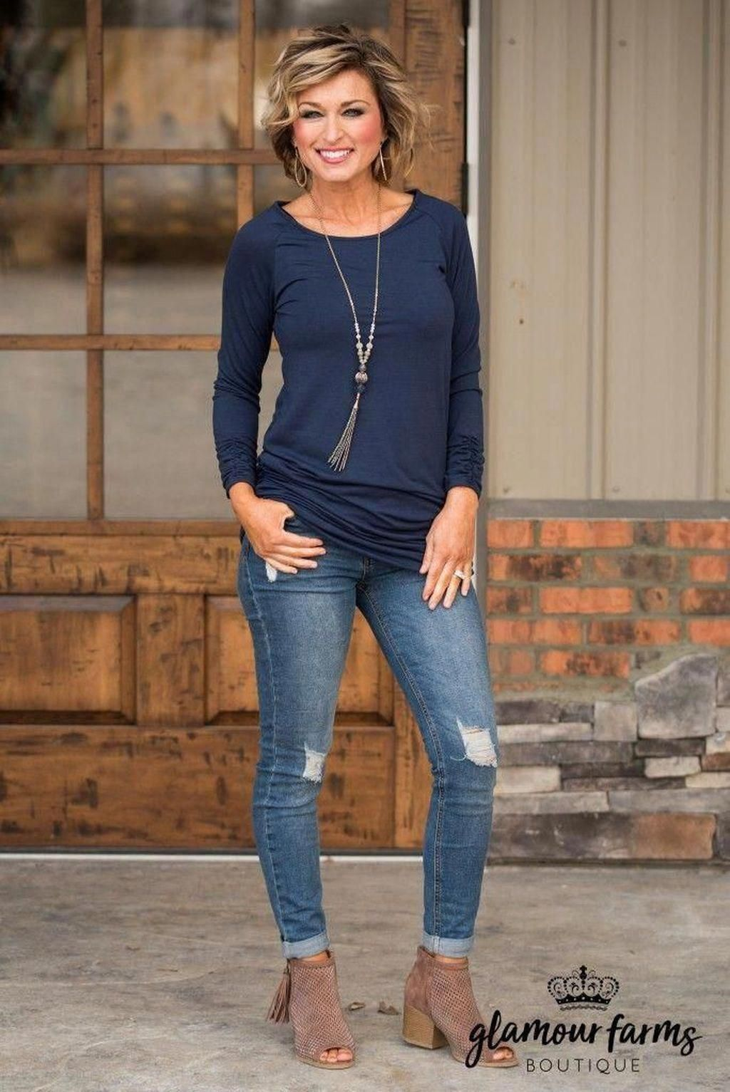 49 Rustic Fall Outfit Ideas For Women Over 40 Years In 2020 Spring Outfits Casual Summer Fashion Trends Over 50 Womens Fashion