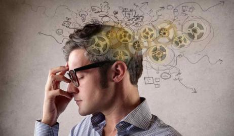 محتويات المقال1 نبذة عن التفكير الزائد2 أسباب كثرة التفكير3 طرق التخلص من التفكير الزائد4 أضرار كثرة التفكير علاج التف Personal Development Thoughts Your Brain