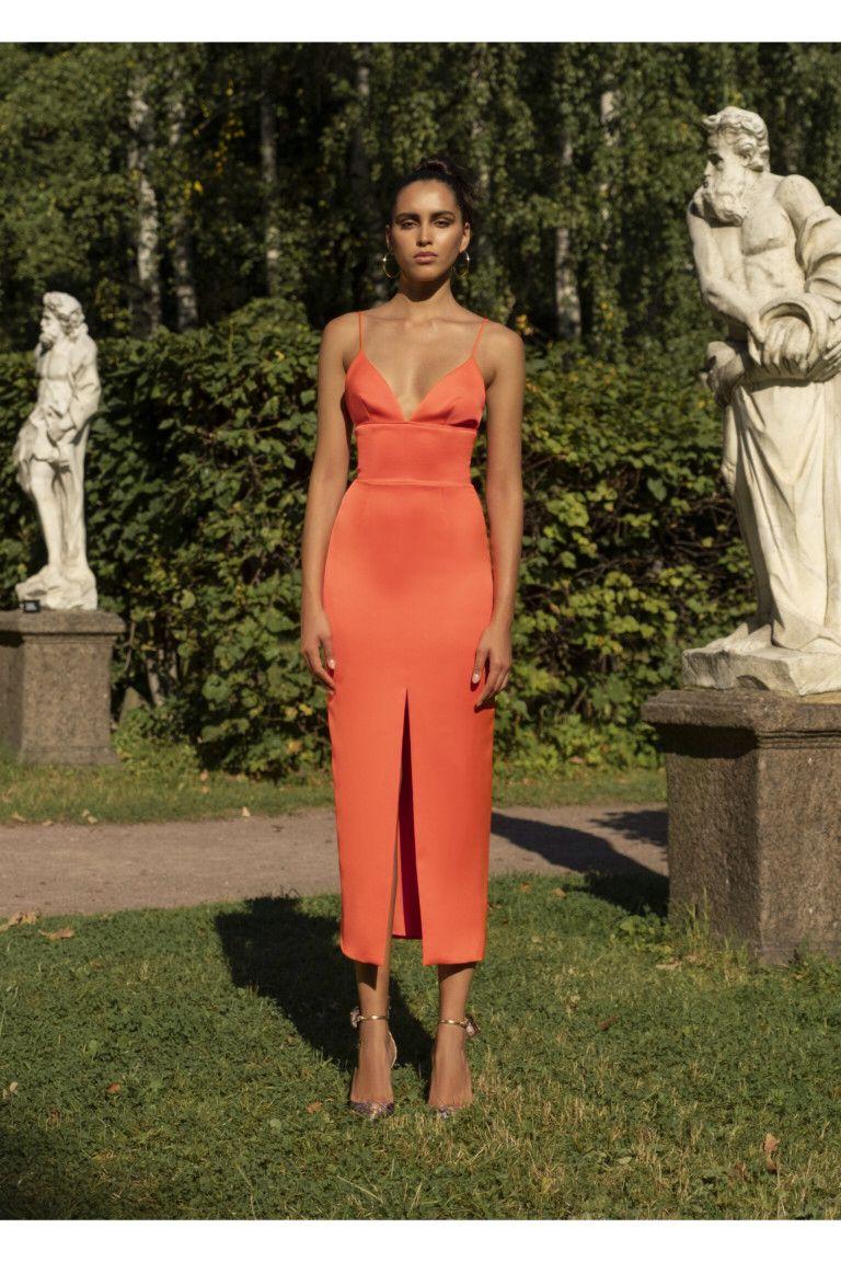 Rasario  #VogueRussia #readytowear #rtw #springsummer2019 #Rasario #VogueCollections #dresses