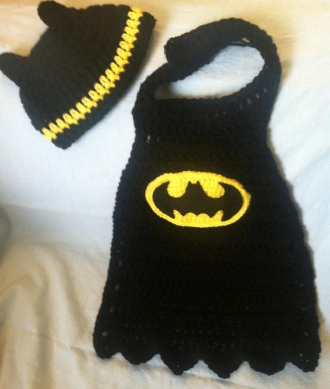 0 3 Months Batman Cape And Hat Newborn Pics Pinterest Crochet