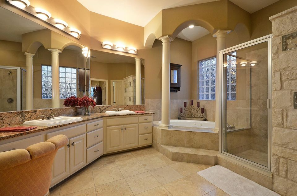 Beautiful Master Bathroom Ideas: Peaceful Luxury Inside The