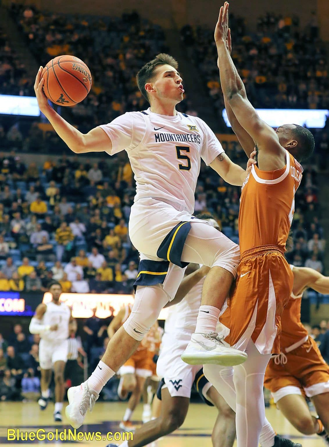 Fake Starter Fighting Words To Wvu S Jordan Mccabe Wvu West Virginia Mountaineers Sports Co In 2020 With Images West Virginia Mountaineer Fighting Words Basketball Pictures