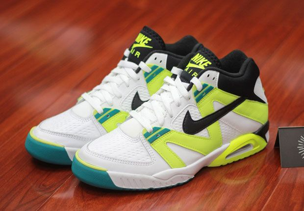 new product 66484 0afbb A Preview Of Upcoming Nike Air Tech Challenge III Retros - SneakerNews.com