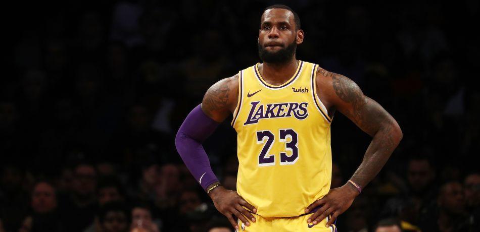 Nba Rumors Los Angeles Lakers Should Trade Lebron James And Start Over Jeff Van Gundy Suggests With Images Nba Rumors Lebron James Nba Coaches