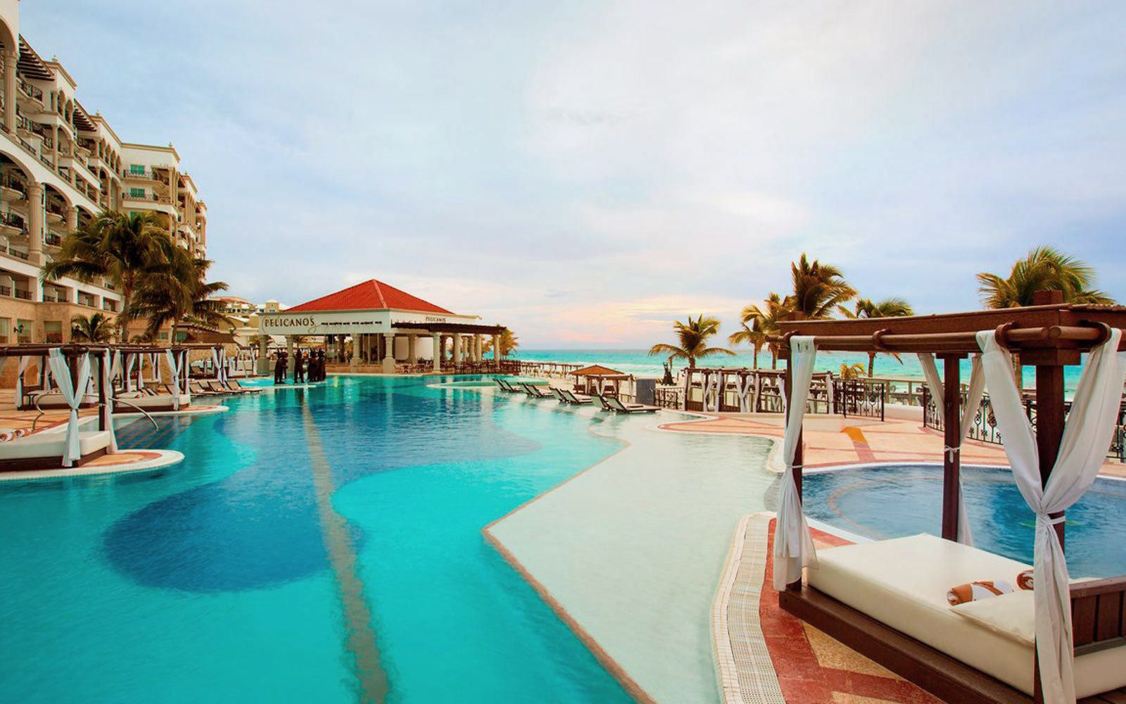 13 Best All Inclusive Resorts In Cancun For Families Couples And Solo Travelers Cancun All Inclusive Best All Inclusive Resorts Cancun Hotels