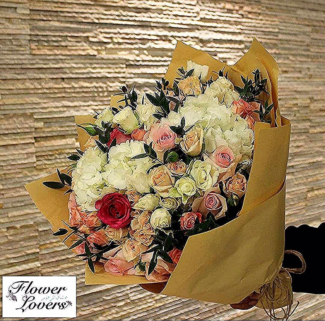بوكيه الورد الفكتوري ٣٥د ك Flowers Love Gift Marriage Engagement Recepion Birth Q8 Kuwait ورود زهور حب هدايا زواج خطبة Fall Wreath Fall Wreaths