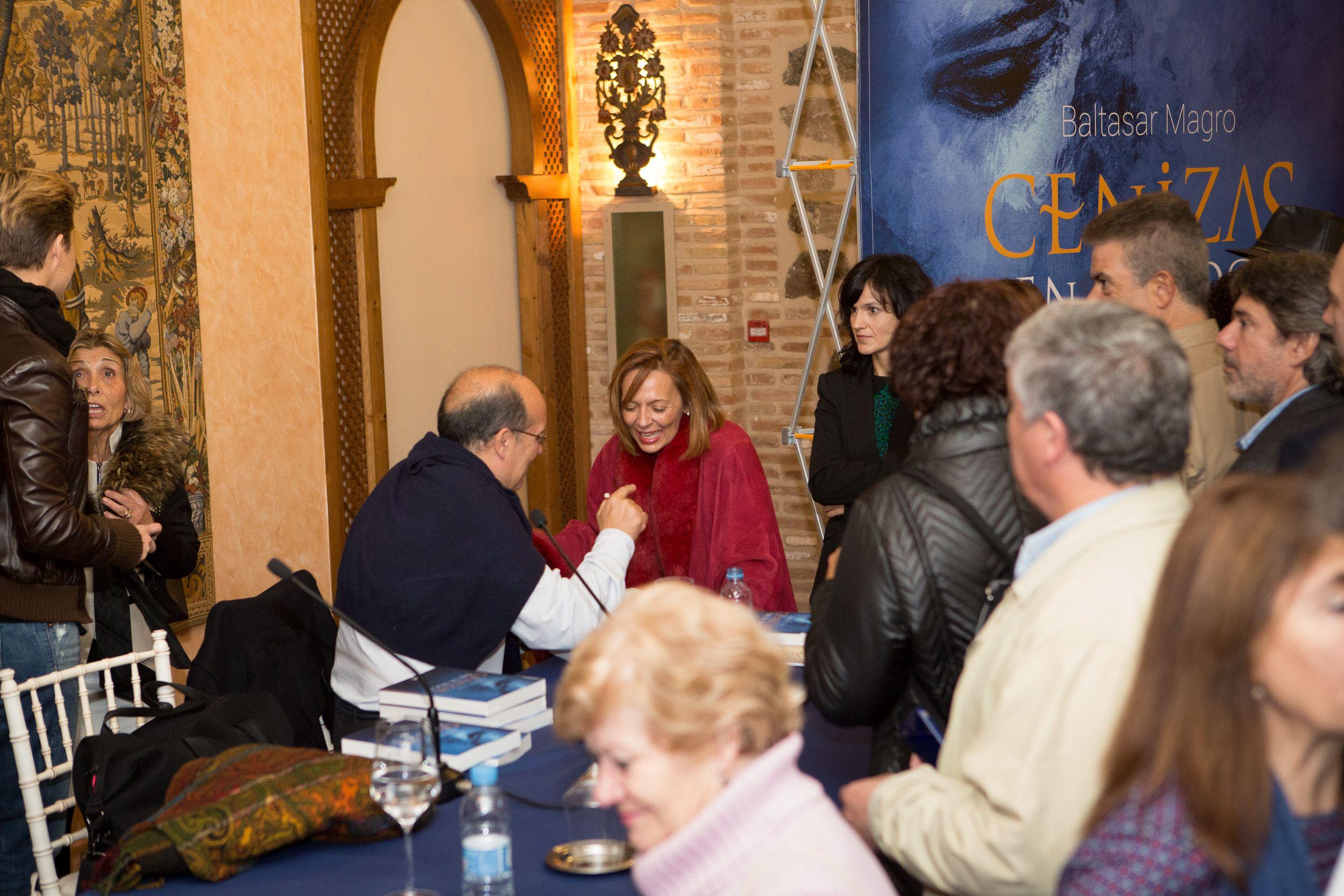 Acto de presentación de 'Cenizas en la boca', de #BaltasarMagro, en Toledo (21 de noviembre de 2014).  Copyright David Utrilla. Todos los derechos reservados
