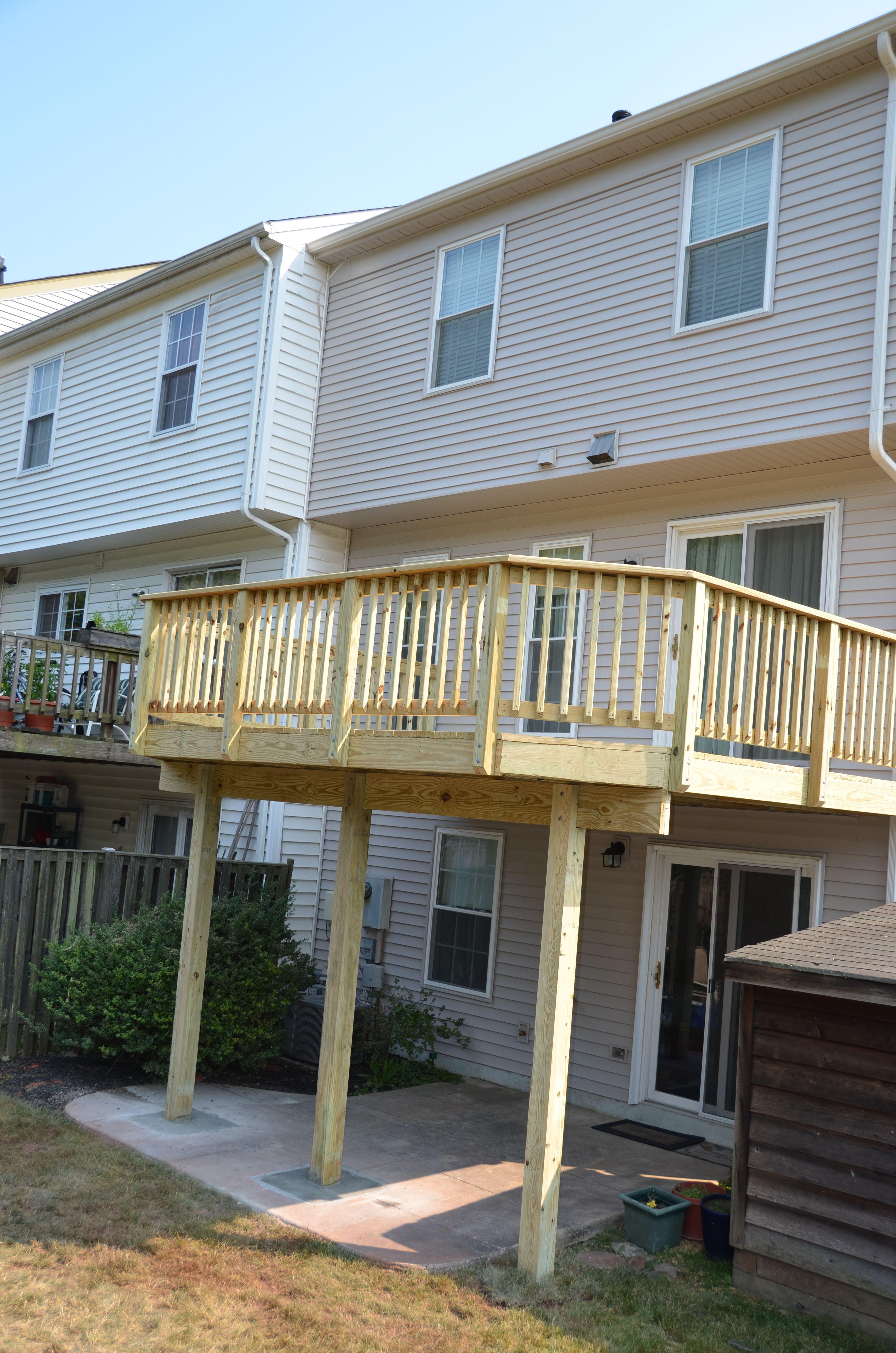 Complete Deck Rebuild On A Northern Va Townhouse Increasing Outdoor Living Space Outdoor Pergola Backyard Patio Designs Pergola