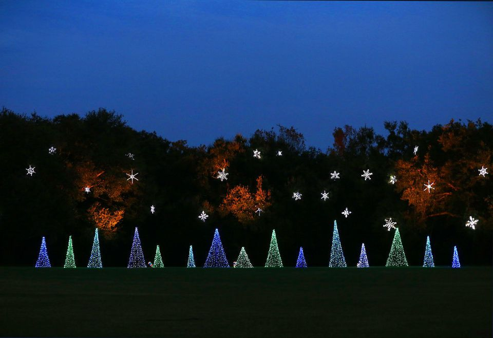 Bellingrath Gardens' Magic Christmas in Lights needs your