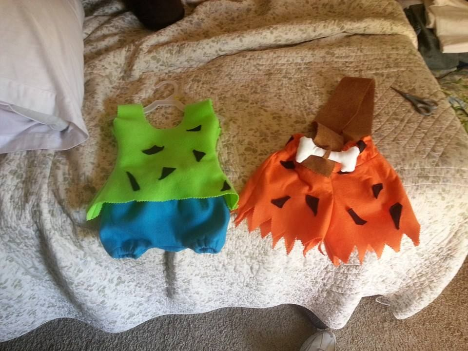Pebbles and Bam Bam costumes, no pattern #pebblesandbambamcostumes