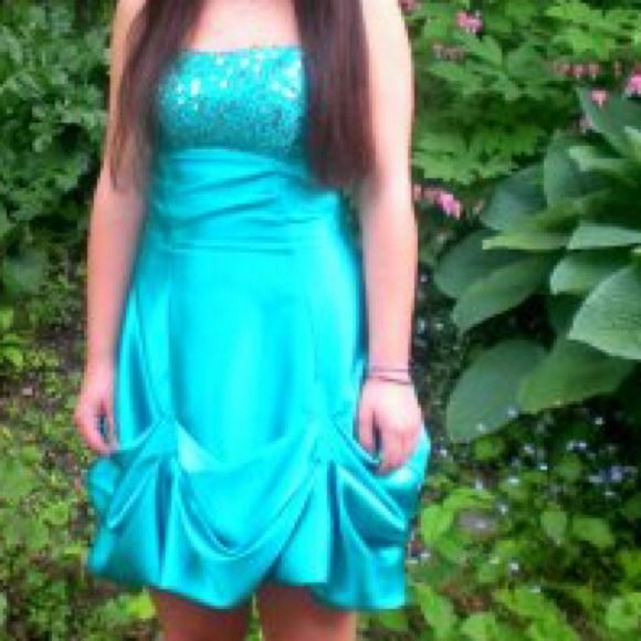 dress beautiful formal dress! sparkly on top Dresses