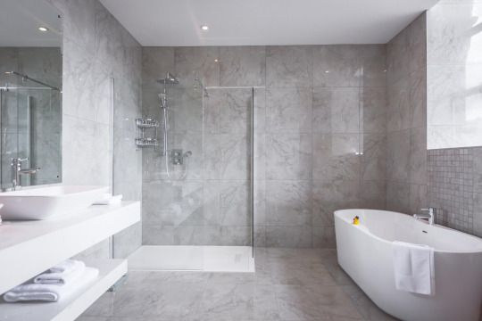 Executive\' Bathroom in the Slieve Donard Resort and Spa. Newcastle ...