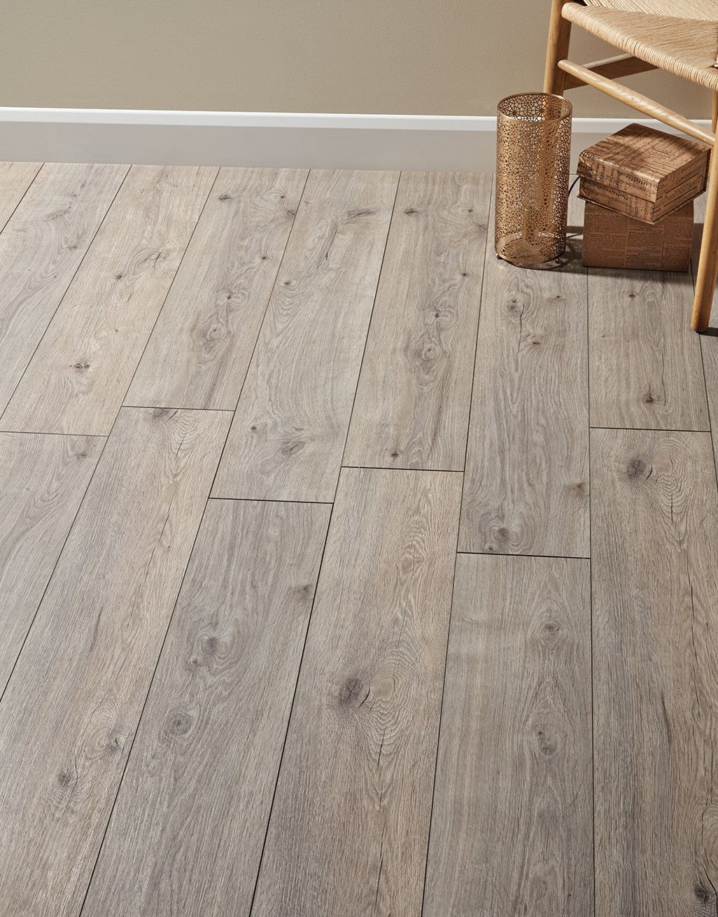 Cottage Distressed Grey Oak Laminate Flooring (With