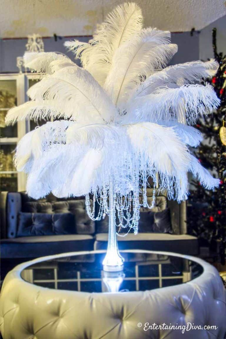 1920's themed wedding decorations   Amazing Great Gatsby Party Ideas in   Wedding things