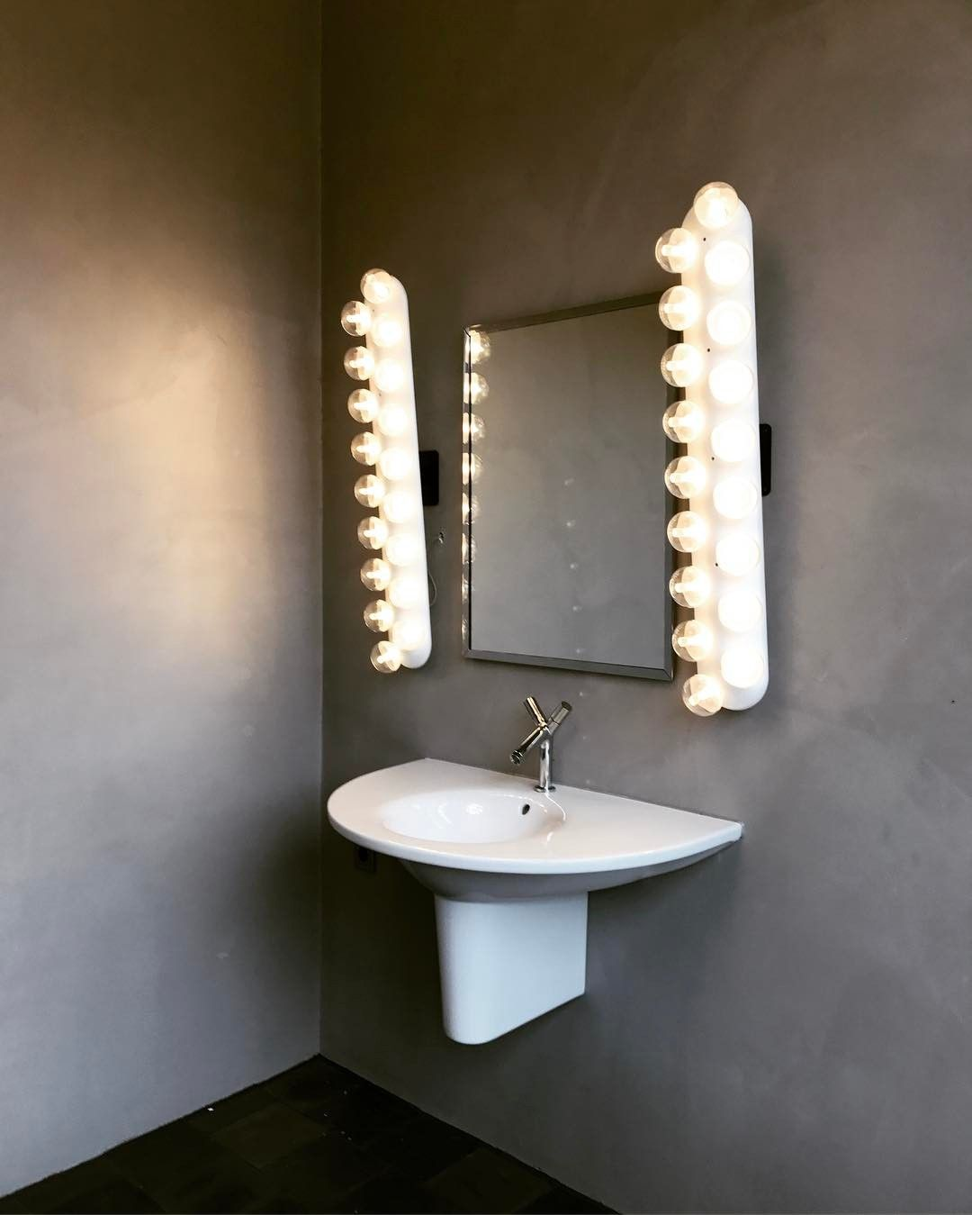 Interior design of bathroom prop light wall by bertjan pot via moooi  ooi  bathroom
