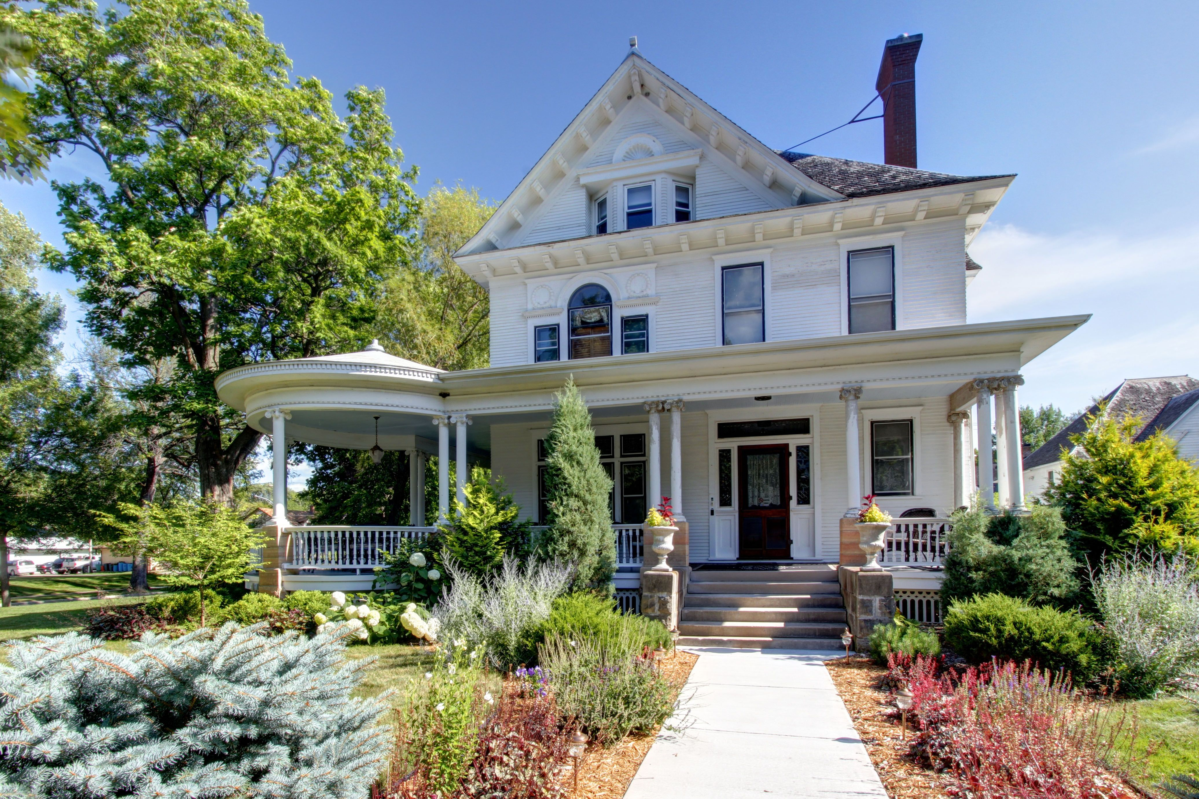 Historic William W Smith House In Sleepy Eye Mn Old Houses For Sale City House Historic Homes