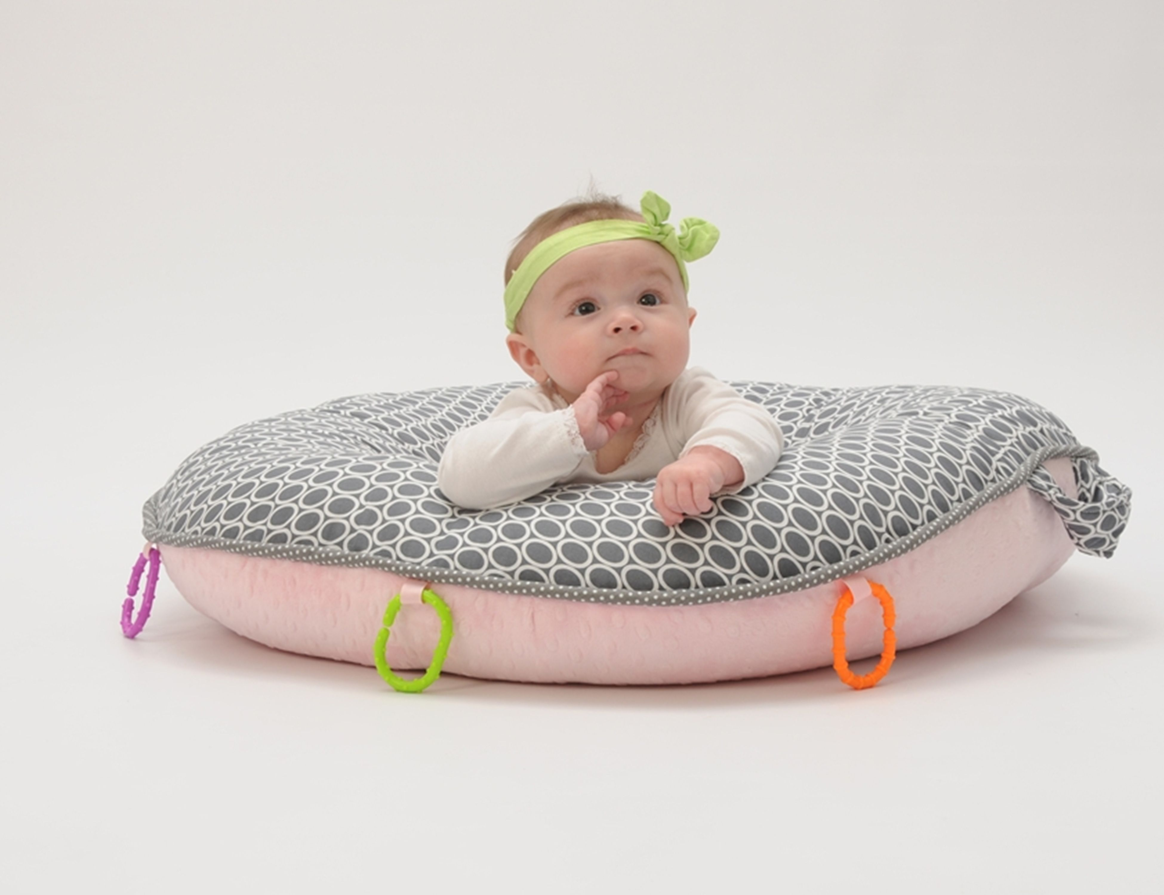 Floor Nanny Pillow For Baby : pello baby on majestic pello pello fun Pinterest Babies and Child