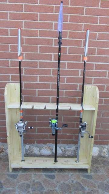 Portacanne rastrelliera in legno per canne da pesca 3 for Rastrelliera per canne da pesca