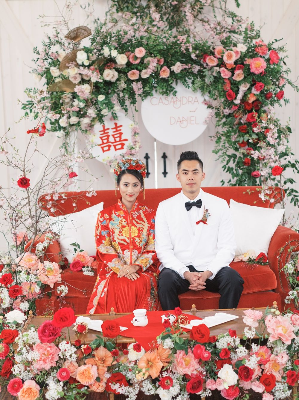 A Modern Chinese Wedding Rosewood Farms Wedding In 2020 Chinese Wedding Decor Chinese Wedding Tea Ceremony Traditional Chinese Wedding