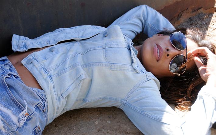 Lataa kuva Rayna Tharani, 4k, Hollywood, amerikkalainen näyttelijä, kauneus, ruskeaverikkö