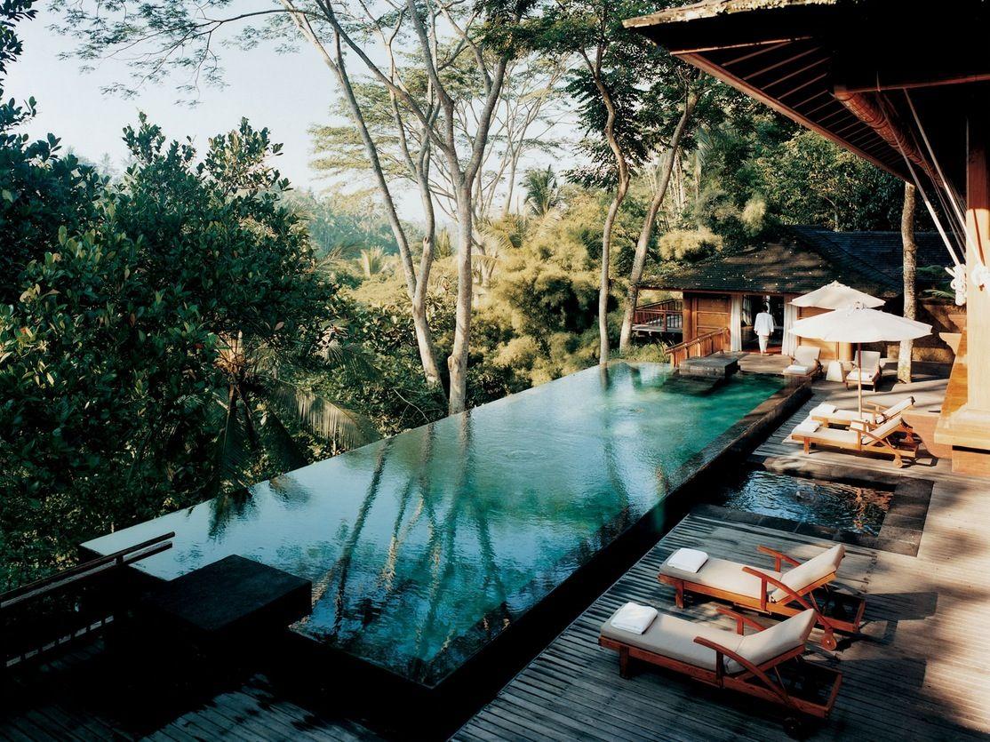 como shambhala estate bali- deckchairs and infinity pool with, Gartenarbeit ideen