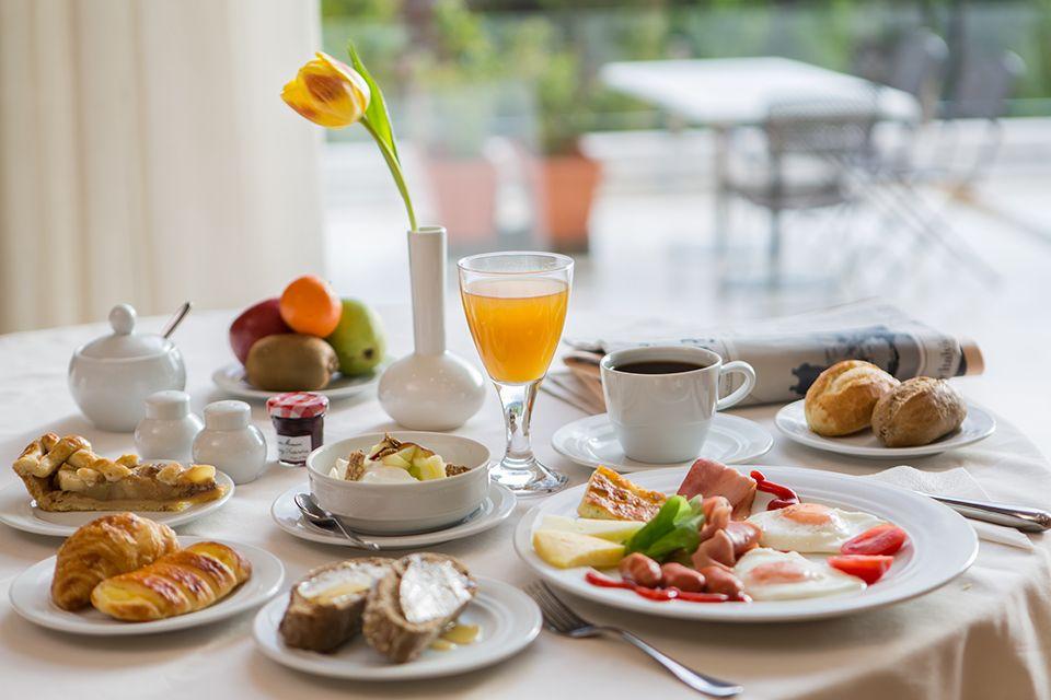 #breakfast #table #setup #coffee, #marmalade and #croissant #DekeliaHotel http://www.dekeliahotel.gr/