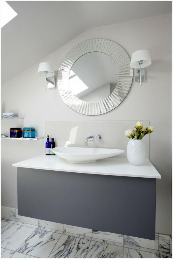Dunkle Flecken am Spiegel im Badezimmer und wie vermeidet man sie - spots für badezimmer