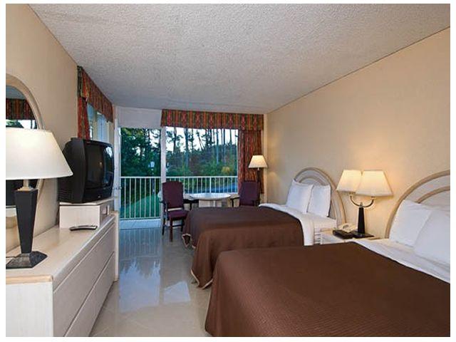Cheap Motel Red Carpet Inn Tahoe Resort Lake George Ny Red
