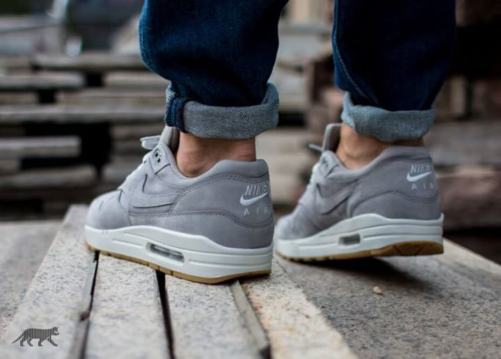 size 40 63285 87fa3 The Nike Air Max 1 LTR PRM Grey is launching in 10 minutes.