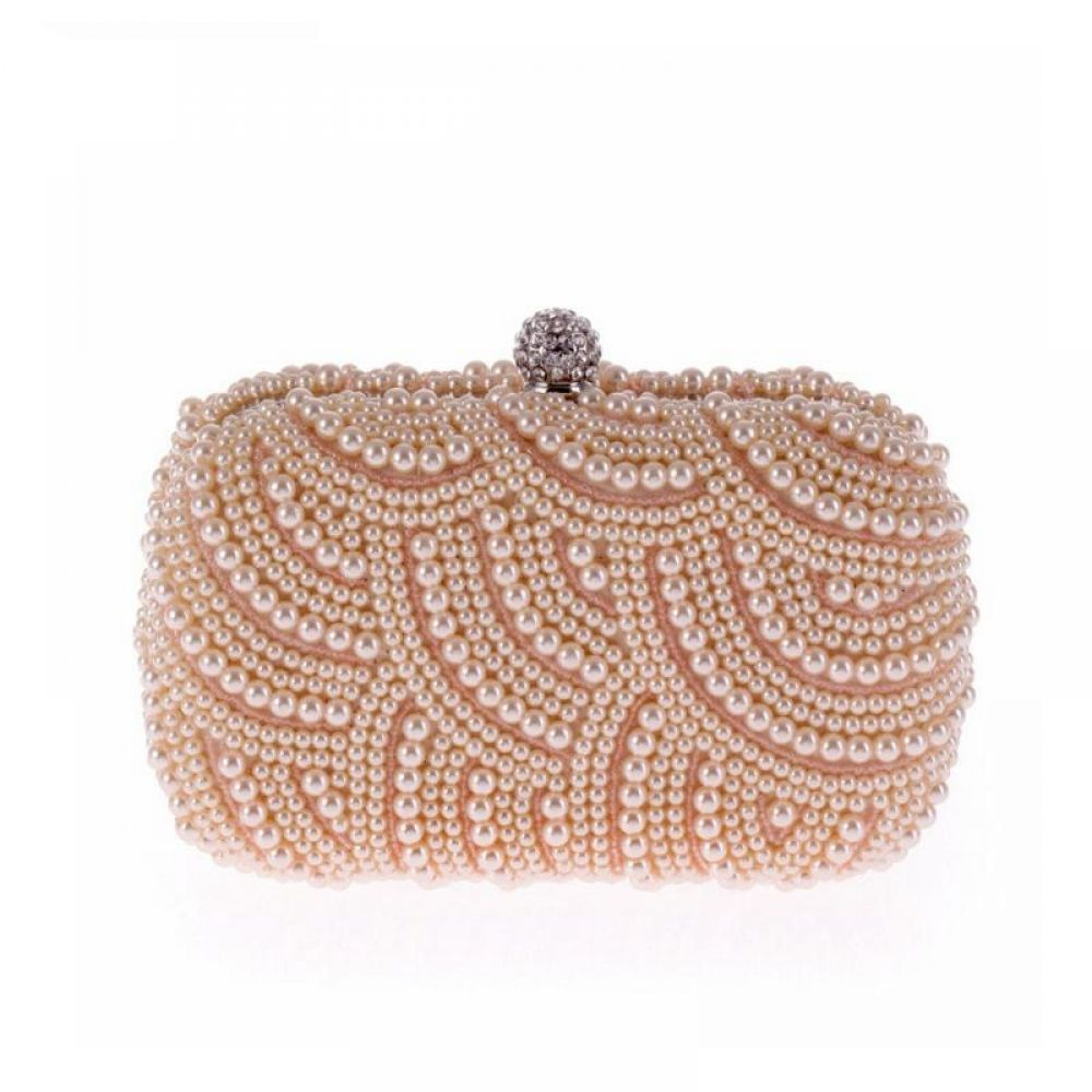 Elegant Pearl Chain Evening Clutch #chainbags