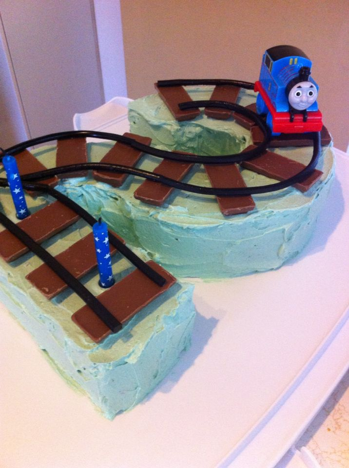Number 2 Train Cake Thomas The Tank Engine Party Ideas