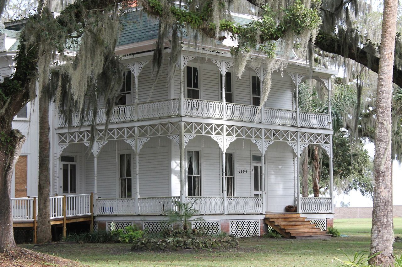 The Baker House Orange Home Wildwood Florida Was Built By Sen David Hume Baker In 1886 It Was Gifted To The Wildw Orange House Wildwood Florida Wildwood