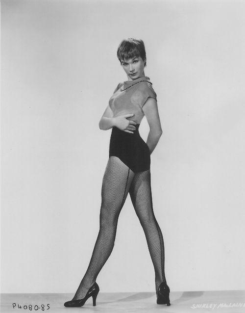 """Résultat de recherche d'images pour """"SHIRLEY MACLAINE robe"""""""