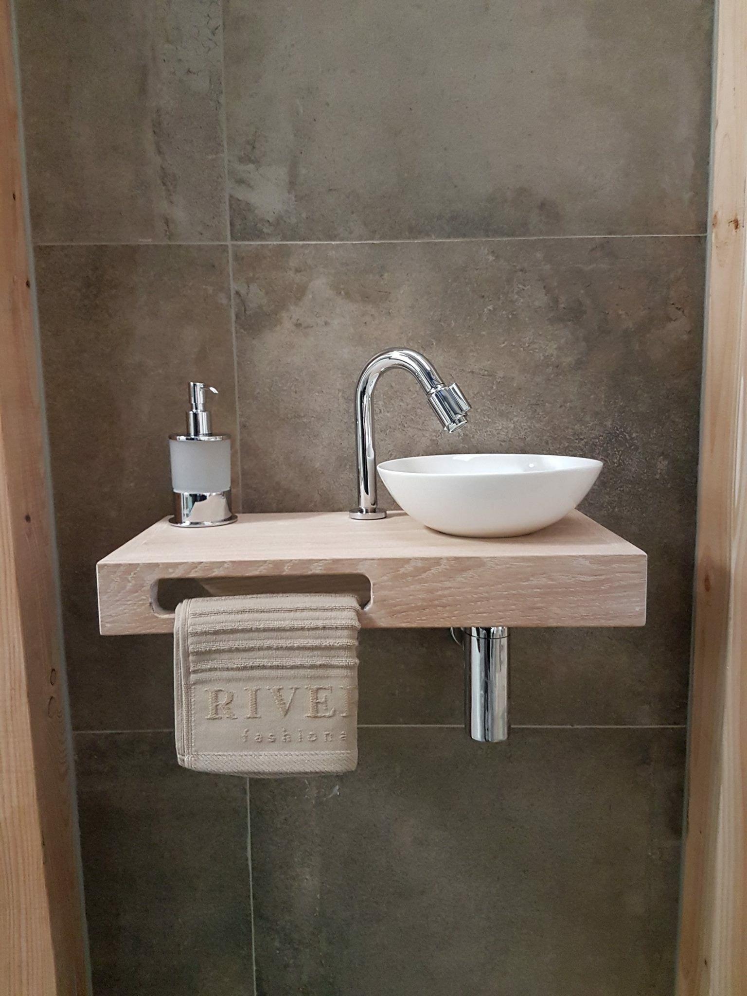 Pin Von Daniela Laufer Auf Badkamers Badezimmer Badezimmer Renovierungen Kleines Wc Zimmer
