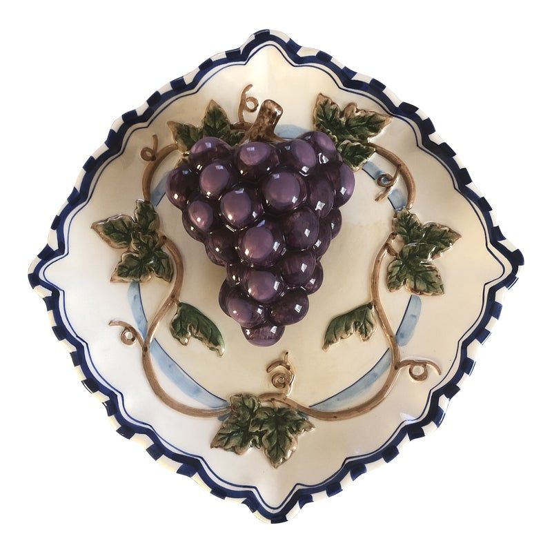 Super cute Vintage Collectable Bella Casa Ceramic Decorative 3-D Hanging Plate with Grape By Ganz. Perfect for kitchen or dining room decor.