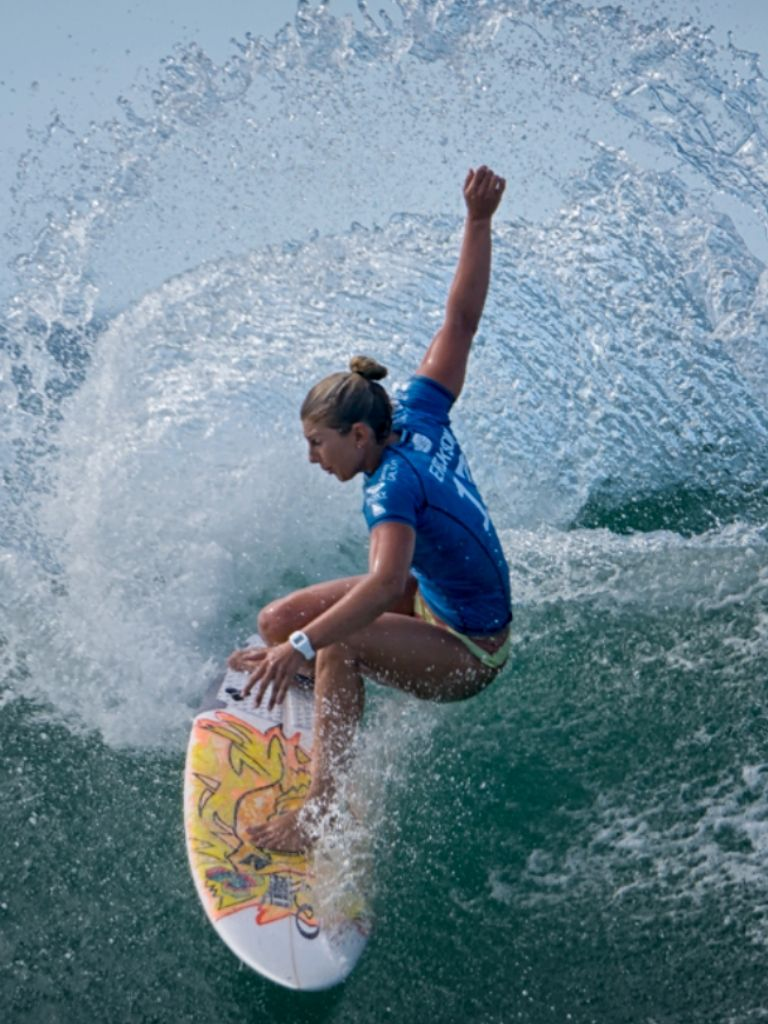 Sage Erickson Us Roxy Expert Gold Seacoast Snapper Rocks 2015 Roxy Company And Life Style Www Rox Surfing Childrens Swim Surf Girls