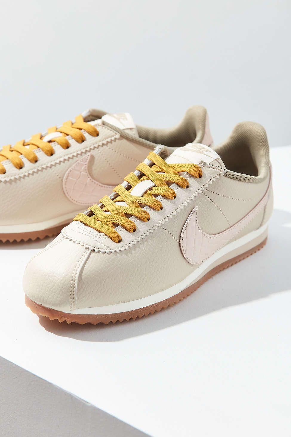 nike cortez e scarpe da ginnastica da 4 ragazze classico pinterest