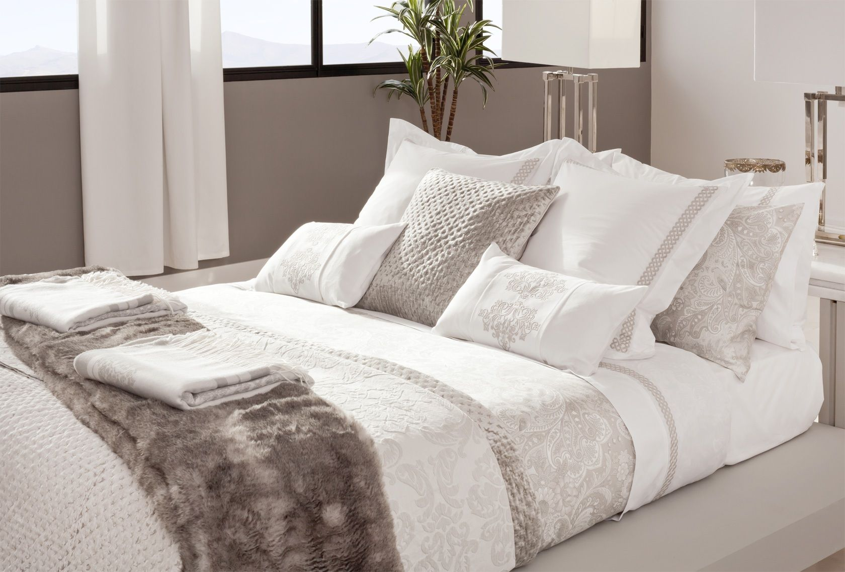 Zara home nederland faux fur alternatives pinterest - Copriletto zara home ...