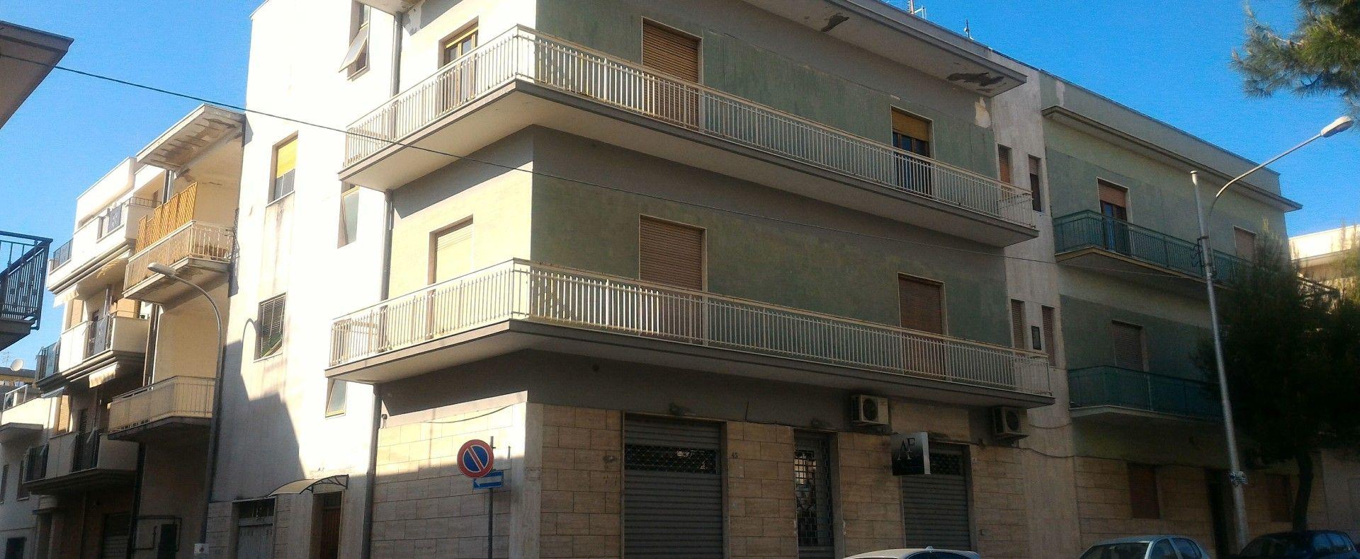 Appartamento via Medaglie D'Oro Grottaglie