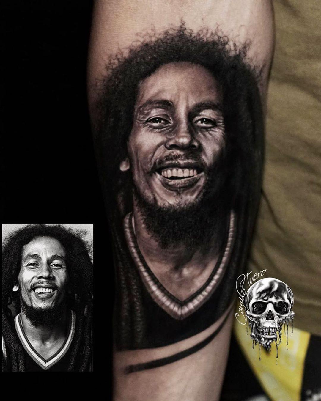 BOB MARLEY⚜️ ⚜️Orçamentos pelo WhatsApp 1194211-2626⚜️ ⚜️CADA UM TEM A TATUAGEM QUE MERECE⚜️ #bobmarley #bobmarleymusic #bobmarleyart #realismo #portrait #retrato #realistictattoo #realistictattoos #tattootealistic #camilotuero #monstershousetattoosp #bnginksociety #inksav #inkedmag #inkedmagazine #tattooinkartmagazine #tattooinkartmag #skinartmag #skinartmagazine #tattoosnob #tattoo_art_worldwide #tattoorevuemag #tattooistaragazine #thebesttattooartist #tattooartistmag #tatuagemmasculina #tatu
