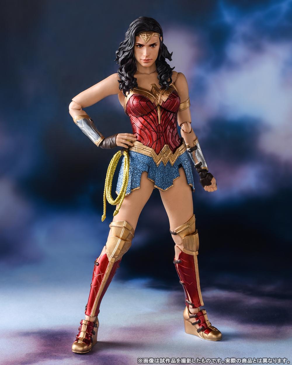 Pin By A B On Dc In 2020 Wonder Woman Gal Gadot Wonder Woman Women Figure