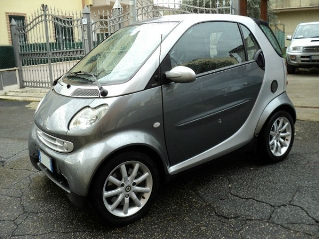 Smart Fortwo cdi coupe Passion a 4.300 Euro | Coupe | 77.000 km | Diesel | 30 Kw (41 Cv) | 07/2006