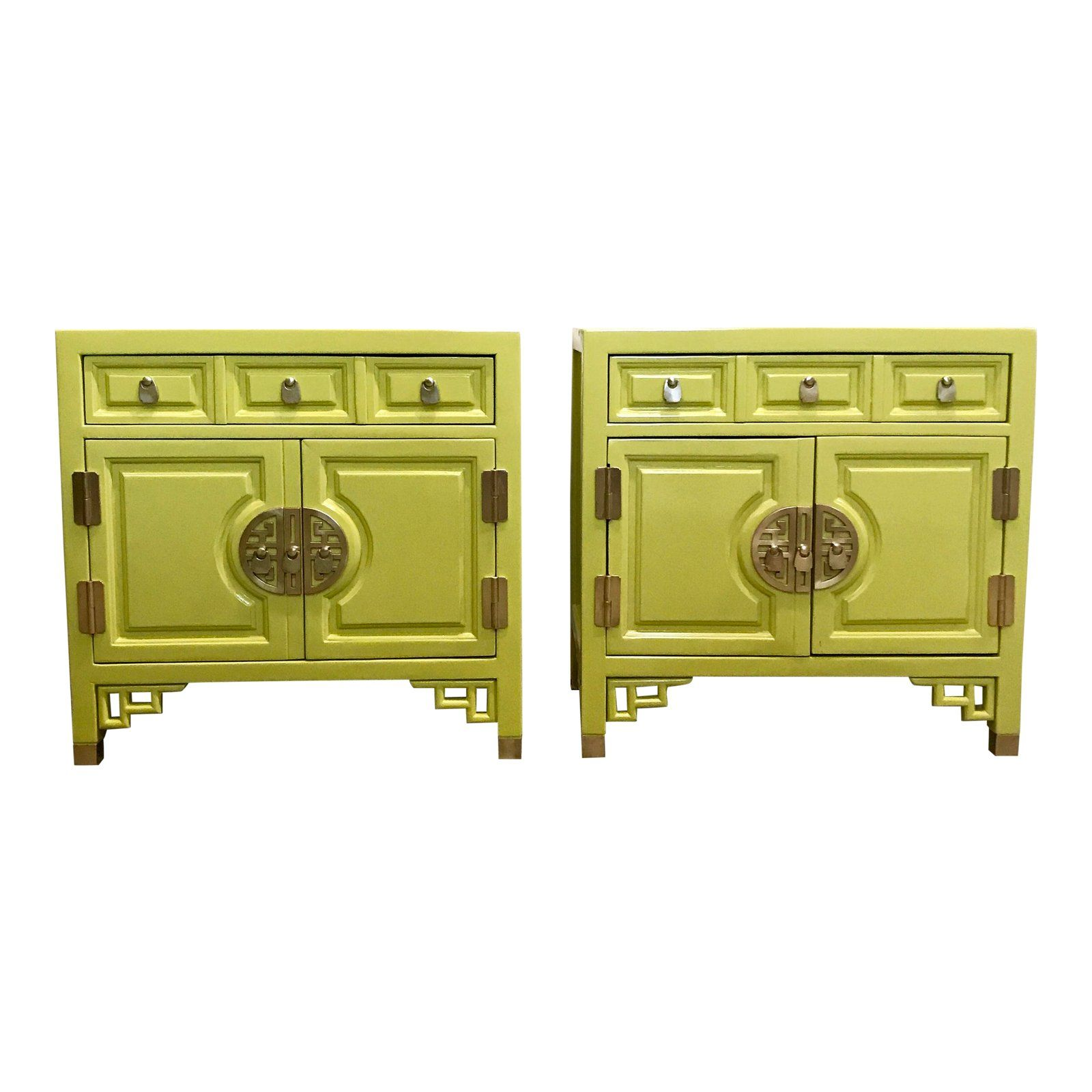 A Gorgeous Pair Of Vintage Asian Style Nightstands By Century Furniture Co That Have Been Newly L Chartreuse Decor Bedside Tables Nightstands Vintage Furniture