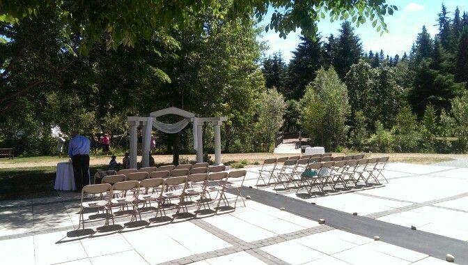 Beautiful small wedding ceremony, 2014.  Www.breathless-moments.ca