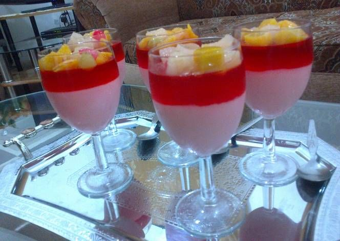 طريقة عمل حلى كاسات الكاسترد بالصور من ياسمين سرمين Recipe Special Desserts Arabic Sweets Sweets